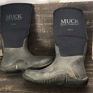 """Tall """"Hoser"""" Muck Boots Size 8/8.5"""